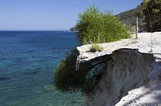 Осыпающийся берег